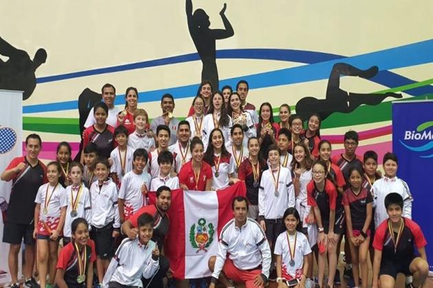 Piuranos conquistan 4 medallas de bronce en bádminton