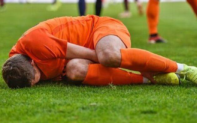 Suspenden a jugador francés por morder el miembro viril a su rival