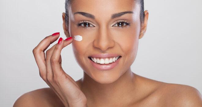 Cuidar tu piel de manera sencilla con estos trucos sin gastar dinero