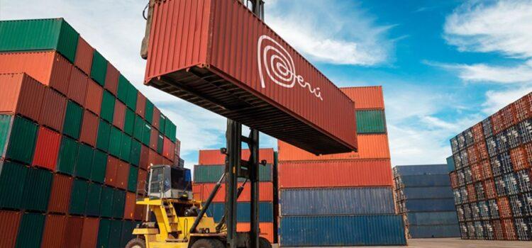 Exportaciones en Perú tuvieron un descenso del 27%