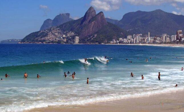 Coronavirus: A las playas solo se podrá llevar agua para beber