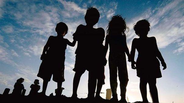 Niños que perdieron a sus padres por coronavirus recibirán pensión