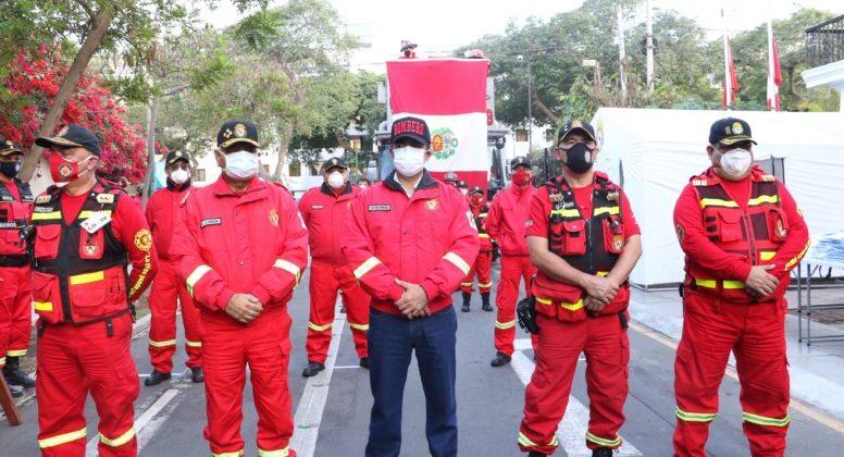 Planean vacunar a los bomberos contra el Covid-19 en abril