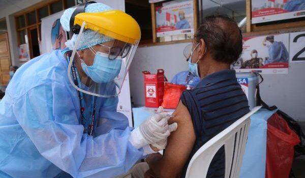 Empezará la vacunación de personas entre los 60 y 62 a años